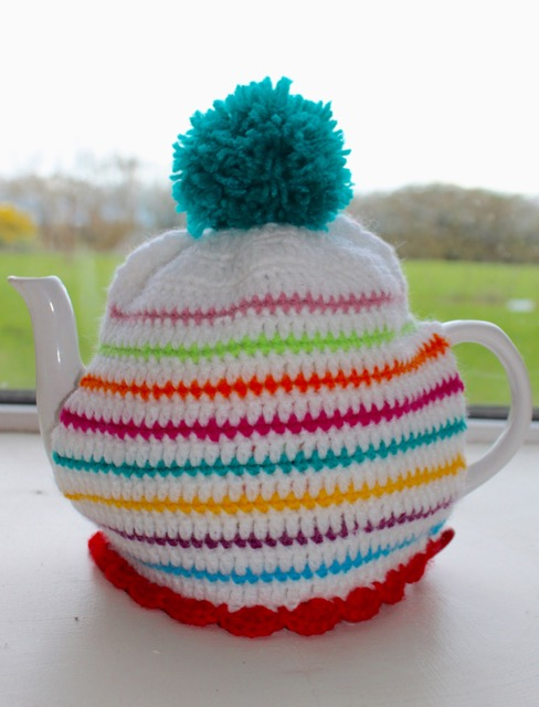 Stripy Tea Cosy Cover | MyCraftyMusings
