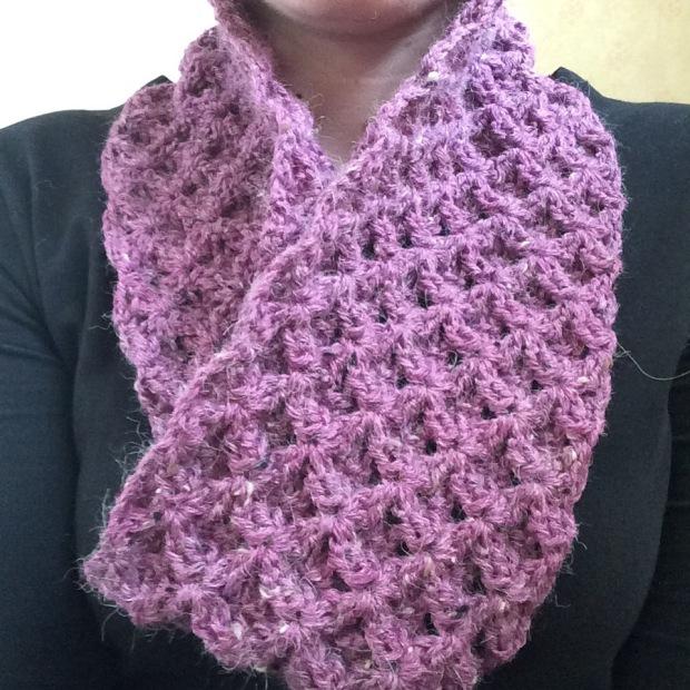 Crochet Waffle Stitch Cowl | MyCraftyMusings