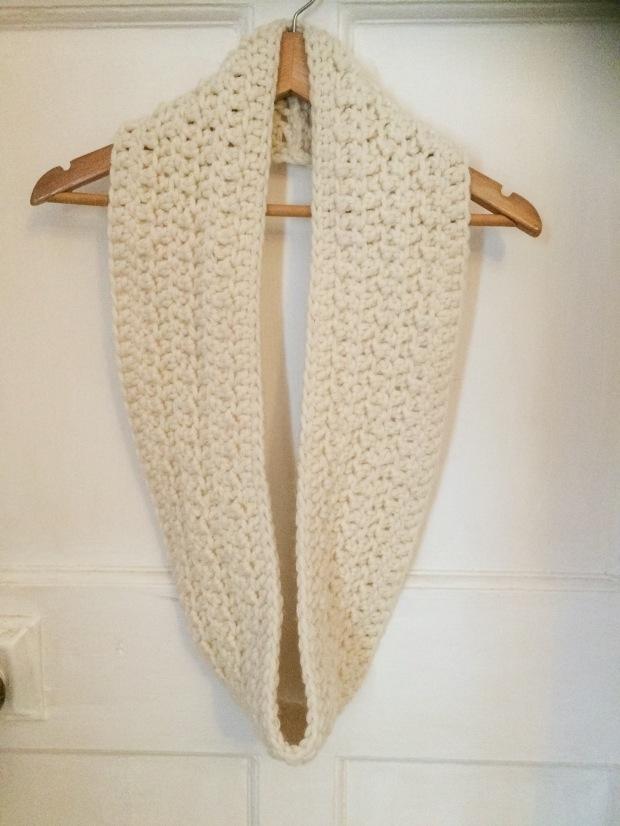 Free Pattern Simple Crochet Cowl | MyCraftyMusings