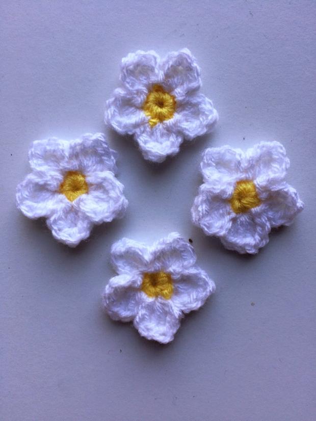 Crochet Flower (Pattern By Skip To My Lou) | MyCraftyMusings