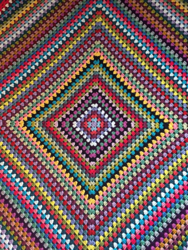 Granny Square Picnic Blanket | MyCraftyMusings