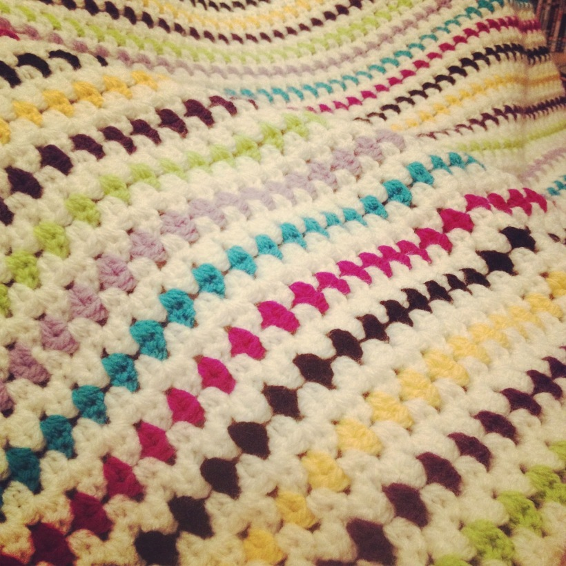 Diamond Stitch Crochet Blanket | MyCraftyMusings