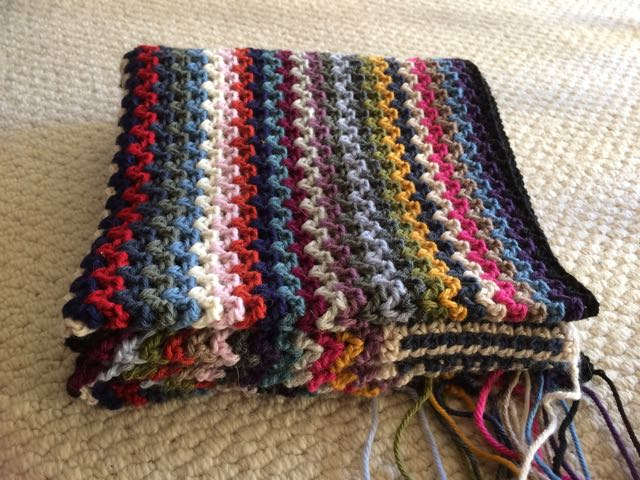 V-Stitch Crochet Blanket | MyCraftyMusings