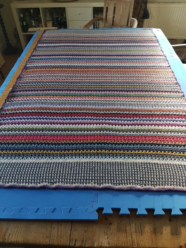 V-Stitch Blanket | MyCraftyMusings